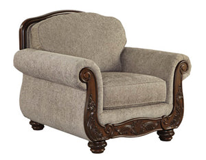 CECILYN Traditional Chair