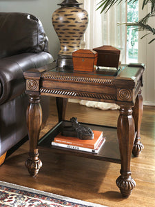 MANTERA Casual End Table