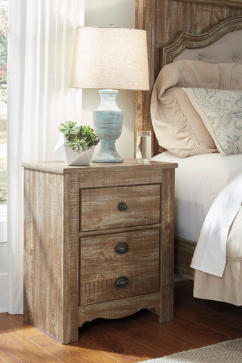 SHELLINGTON Traditional Two Drawer Nightstand