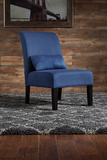 SESTO Casual Chair