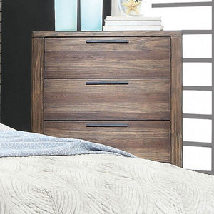 HUTCHINSON Rustic Chest