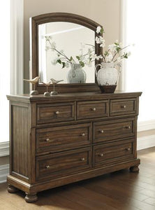 FLYNNTER Casual Dresser