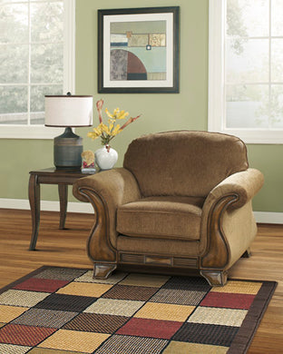 MONTGOMERY Traditional Chair