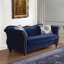 ZAFFIRO Traditional Sofa
