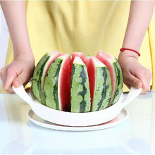 Load image into Gallery viewer, 21cm Stainless Steel Melon Watermelon Cantaloupe Slicer Cutter With Patent Fruit Slicer Tool