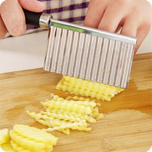 Load image into Gallery viewer, Stainless Steel Potato Wavy Cutter