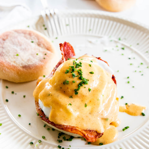 How to Make Simple Hollandaise Sauce