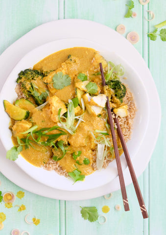 Leah Itsines Feel Good Foods Lemongrass and Turmeric Fish Curry