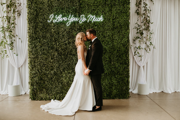 wedding neon signs i love you so much