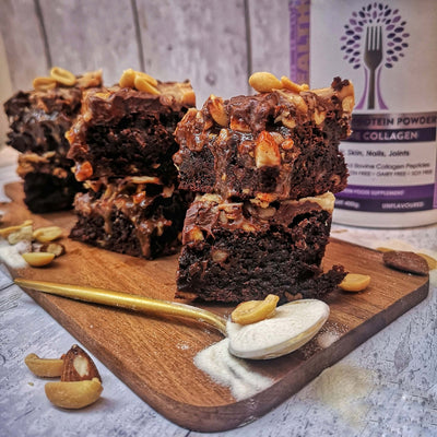<h1>Healthy Peanut Butter + Almond Fudgey Brownies</h1>