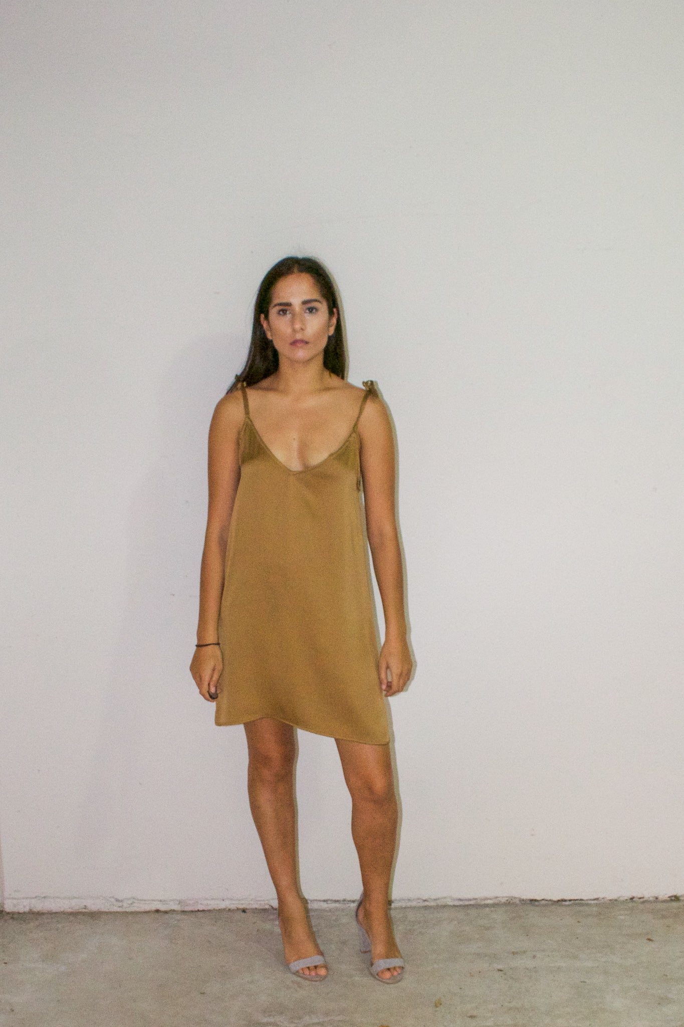 Anna Slip Dress - thegoodtrend