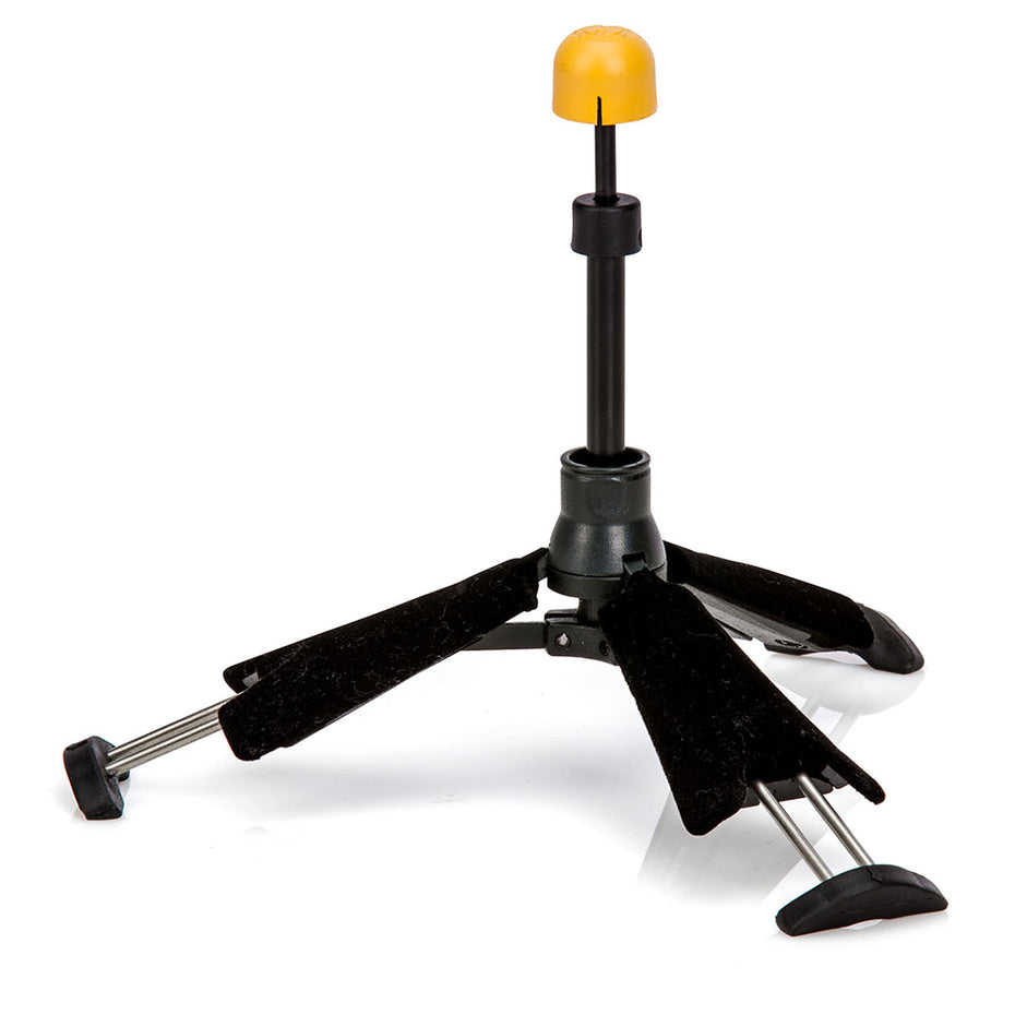 DS440B - Hercules TravLite clarinet stand Default title