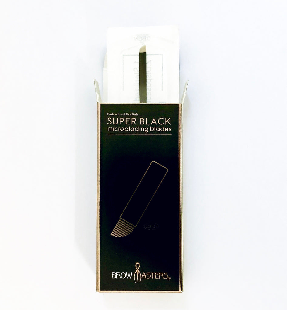 Browmasters Superblack 0.18mm 16pin CF Blades (20 per box)