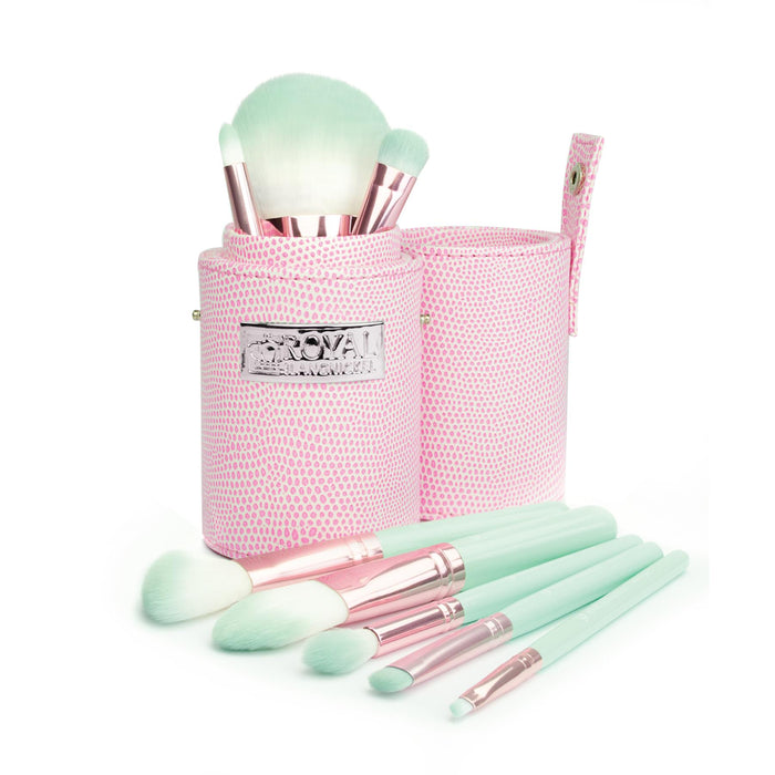 Royal & Langnickel Love Is 8 Make Up Brush Travel Set In A Case