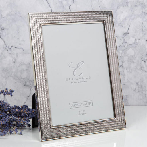 Elegance by Impressions Silver Plated Herringbone Photo Frame