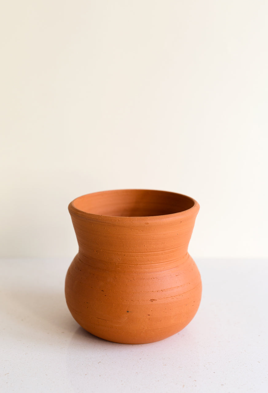 Red Clay Planter Amfora