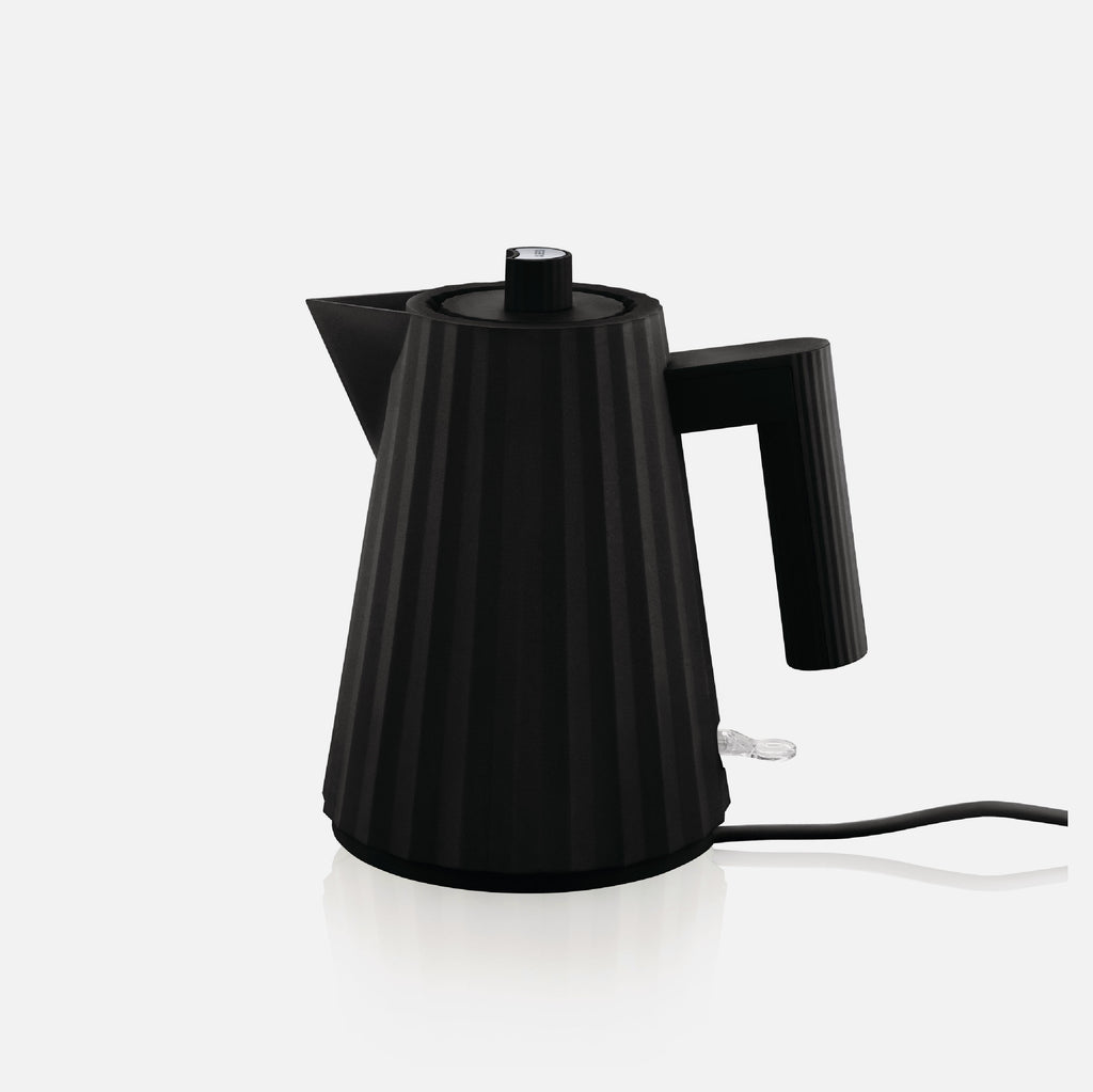 Plisse Electric Kettle - Black
