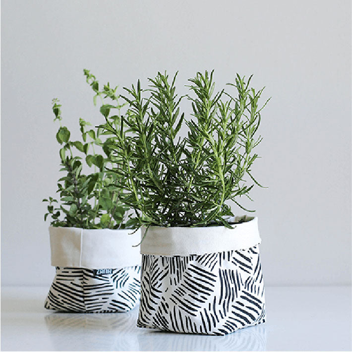 Small Soft Pot - Lines
