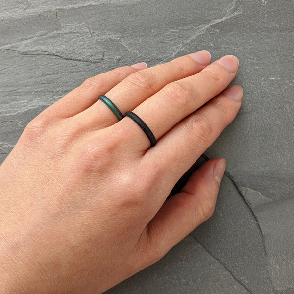 Smooth Black Stackable Slim Thin Gem Silicone Ring Woman