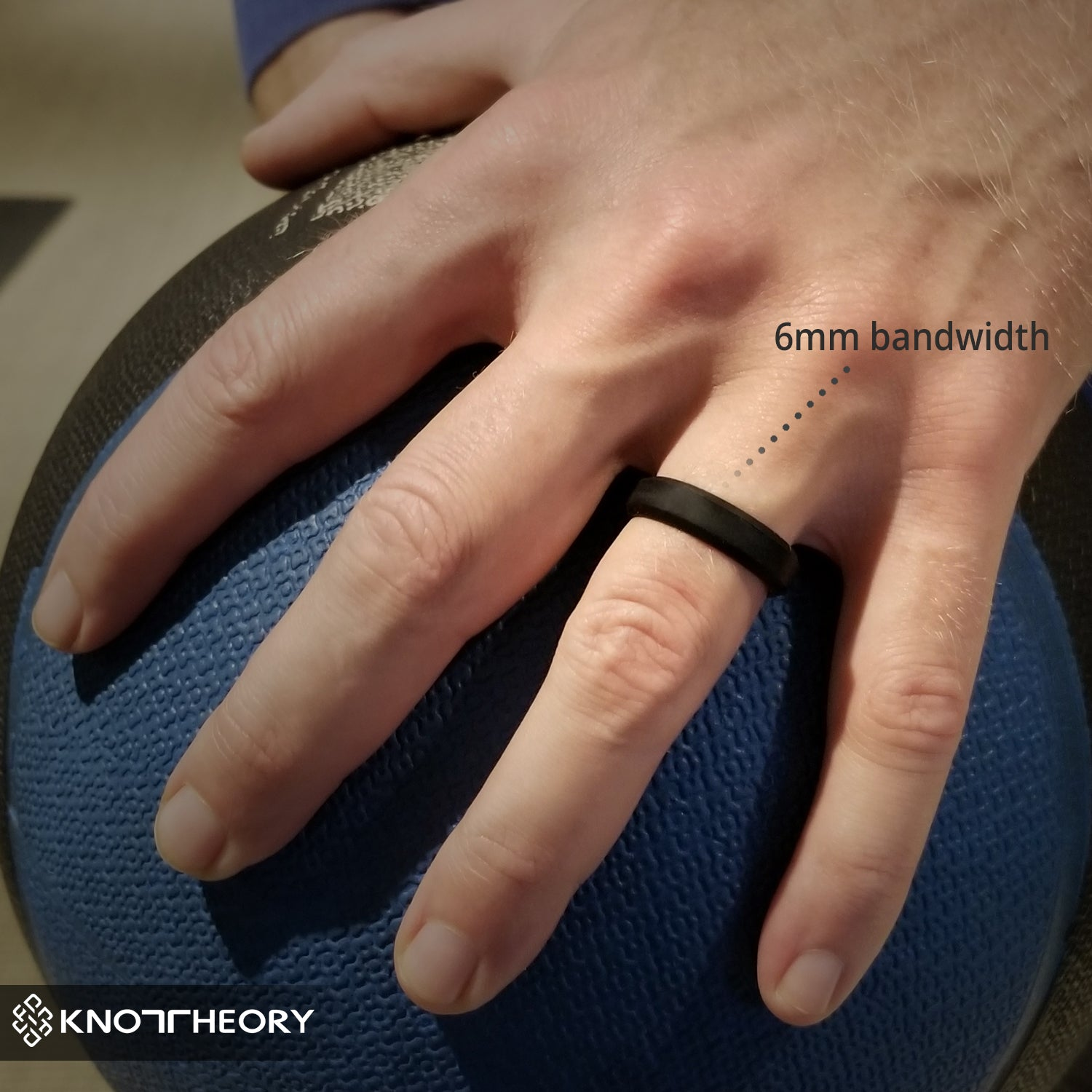 Black Bevel Edge Breathable Silicone Wedding Ring For Men and Women