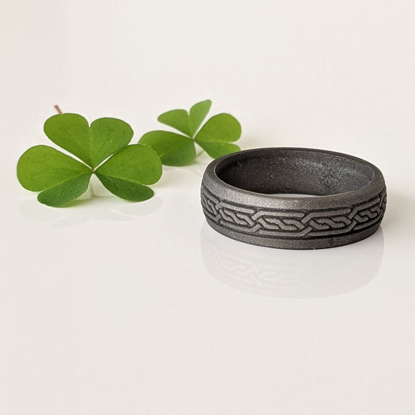 Celtic Knot Engraved Silicone Ring for Men in Dark Silver