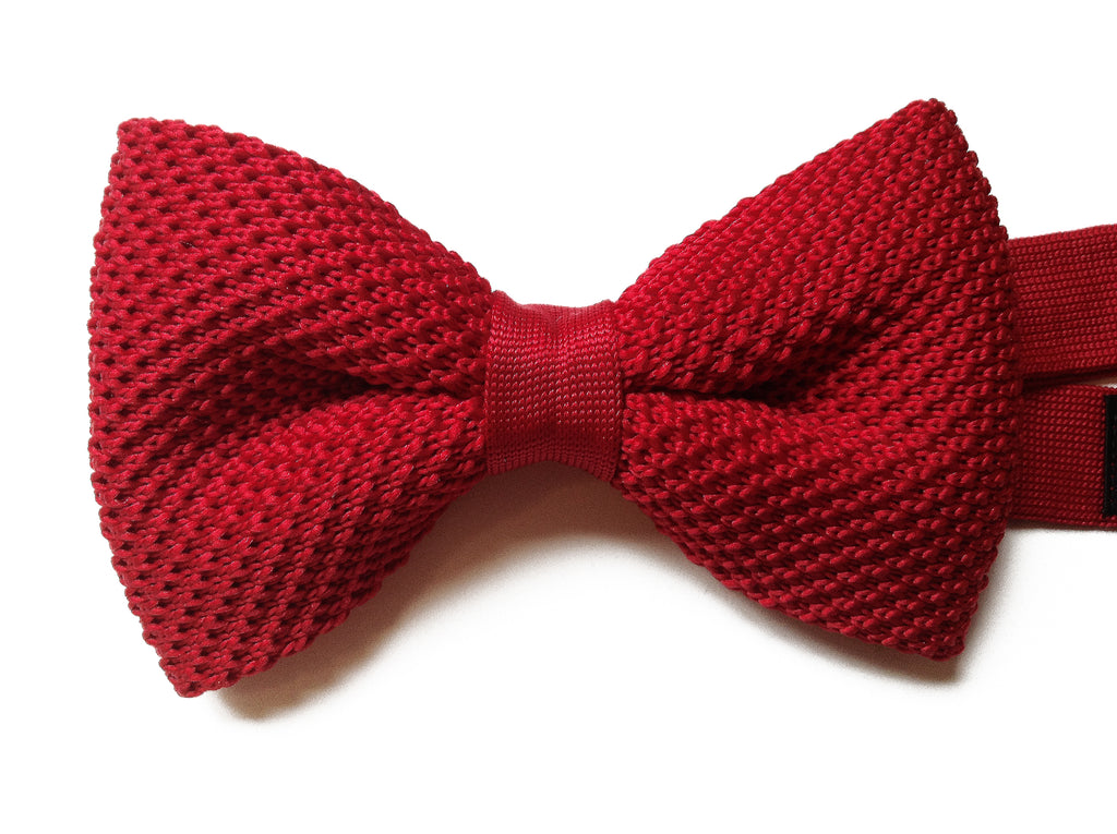 Red Knitted Pre-tied Bow Tie