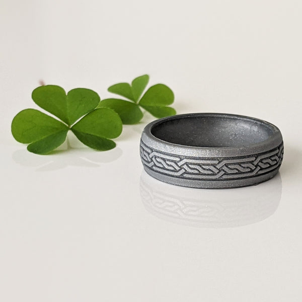 Celtic Knot Engraved Silicone Ring for Men in Silver