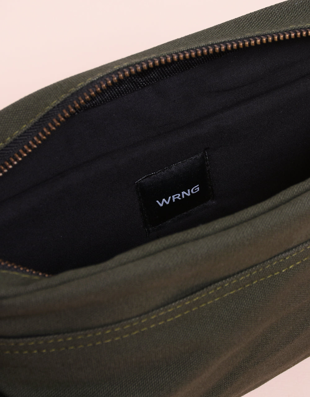 Barre 2 Sling Bag