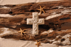 CROSS, CROSS MAGNET, SAND MAGNET, FAITH, WORSHIP, TROPICAL DECORATIONS, COASTAL MAGNET, BEACH COTTAGE ORNAMENTATION, MADE IN FLORIDA, BEACH LOVER GIFTS, BEACH SAND KEEPSAKES, VACATION SOUVENIR, GIFT SHOP OWNERS, PROMOTIONAL ITEMS, PARTY FAVOR, SPECIAL EVENT, COLLECTIBLES, HAND-CRAFTED, FUNDRAISER, THREE-DIMENSIONAL, MAGNET
