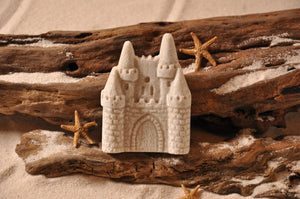 SAND CASTLE MAGNET, CASTLE, SAND MAGNET, TROPICAL DECORATIONS, COASTAL MAGNET, BEACH COTTAGE ORNAMENTATION, MADE IN FLORIDA, BEACH LOVER GIFTS, BEACH SAND KEEPSAKES, VACATION SOUVENIR, GIFT SHOP OWNERS, PROMOTIONAL ITEMS, PARTY FAVOR, SPECIAL EVENT, COLLECTIBLES, HAND-CRAFTED, FUNDRAISER, THREE-DIMENSIONAL, MAGNET