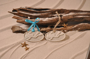 SCUBA DIVER ORNAMENT, DIVER SAND ORNAMENT, TROPICAL SEASIDE ORNAMENT, COASTAL BEACH GIFT, MADE IN FLORIDA, BEACH LOVER GIFTS, BEACH SAND KEEPSAKES, VACATION SOUVENIR, GIFT SHOP OWNERS, PROMOTIONAL ITEMS, PARTY FAVOR, SPECIAL EVENT, COLLECTIBLES, HAND-CRAFTED, FUNDRAISER, BRIDAL SHOWER FAVORS, DESTINATION WEDDING, BEACH WEDDING FAVORS