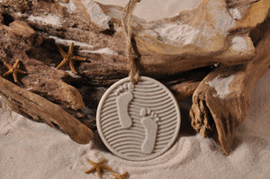 FOOTPRINTS, SAND FOOTPRINTS, ORNAMENT, SAND ORNAMENT, TROPICAL SEASIDE ORNAMENT, COASTAL BEACH GIFT, MADE IN FLORIDA, BEACH LOVER GIFTS, BEACH SAND KEEPSAKES, VACATION SOUVENIR, GIFT SHOP OWNERS, PROMOTIONAL ITEMS, PARTY FAVOR, SPECIAL EVENT, COLLECTIBLES, HAND-CRAFTED, FUNDRAISER, BRIDAL SHOWER FAVORS, DESTINATION WEDDING, BEACH WEDDING FAVORS