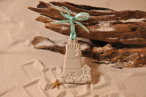 LIGHTHOUSE ORNAMENT, SAND ORNAMENT, TROPICAL SEASIDE ORNAMENT, COASTAL BEACH GIFT, MADE IN FLORIDA, BEACH LOVER GIFTS, BEACH SAND KEEPSAKES, VACATION SOUVENIR, GIFT SHOP OWNERS, PROMOTIONAL ITEMS, PARTY FAVOR, SPECIAL EVENT, COLLECTIBLES, HAND-CRAFTED, FUNDRAISER, BRIDAL SHOWER FAVORS, DESTINATION WEDDING, BEACH WEDDING FAVORS