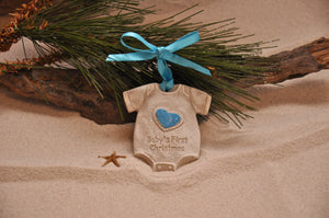 BABY'S FIRST CHRISTMAS, BABY ONESIE, BABY GIFT, CHRISTMAS, XMAS, HOLIDAY GIFT, SEASIDE CHRISTMAS, CHRISTMAS ORNAMENT, SEASONAL DÉCOR, HOLIDAY ORNAMENT, SAND ORNAMENT, TROPICAL SEASIDE ORNAMENT, COASTAL BEACH GIFT, MADE IN FLORIDA, BEACH LOVER GIFTS, BEACH SAND KEEPSAKES, VACATION SOUVENIR, GIFT SHOP OWNERS, PROMOTIONAL ITEMS, PARTY FAVOR, SPECIAL EVENT, COLLECTIBLES, HAND-CRAFTED, FUNDRAISER