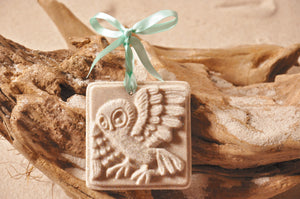 OWL ORNAMENT, WISE OLD OWL SAND ORNAMENT, TROPICAL SEASIDE ORNAMENT, COASTAL BEACH GIFT, MADE IN FLORIDA, BEACH LOVER GIFTS, BEACH SAND KEEPSAKES, VACATION SOUVENIR, GIFT SHOP OWNERS, PROMOTIONAL ITEMS, PARTY FAVOR, SPECIAL EVENT, COLLECTIBLES, HAND-CRAFTED, FUNDRAISER