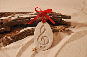 TREBLE CLEF ORNAMENT, G CLEF SAND ORNAMENT, MUSICAL ORNAMENT, COASTAL BEACH GIFT, MADE IN FLORIDA, BEACH LOVER GIFTS, BEACH SAND KEEPSAKES, VACATION SOUVENIR, GIFT SHOP OWNERS, PROMOTIONAL ITEMS, PARTY FAVOR, SPECIAL EVENT, COLLECTIBLES, HAND-CRAFTED, FUNDRAISER, BRIDAL SHOWER FAVORS, DESTINATION WEDDING, BEACH WEDDING FAVORS