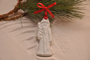 ST. NICK HOLIDAY, OLD WORLD SANTA, CHRISTMAS, XMAS, HOLIDAY GIFT, SEASIDE CHRISTMAS, CHRISTMAS ORNAMENT, SEASONAL DÉCOR, HOLIDAY ORNAMENT, SAND ORNAMENT, TROPICAL SEASIDE ORNAMENT, COASTAL BEACH GIFT, MADE IN FLORIDA, BEACH LOVER GIFTS, BEACH SAND KEEPSAKES, VACATION SOUVENIR, GIFT SHOP OWNERS, PROMOTIONAL ITEMS, PARTY FAVOR, SPECIAL EVENT, COLLECTIBLES, HAND-CRAFTED, FUNDRAISER