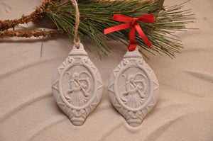HARK THE HERALD ANGELS SING, HARP ANGEL HOLIDAYS ORNAMENT, CHRISTMAS, XMAS, HOLIDAY GIFT, SEASIDE CHRISTMAS, CHRISTMAS ORNAMENT, SEASONAL DÉCOR, HOLIDAY ORNAMENT, SAND ORNAMENT, TROPICAL SEASIDE ORNAMENT, COASTAL BEACH GIFT, MADE IN FLORIDA, BEACH LOVER GIFTS, BEACH SAND KEEPSAKES, VACATION SOUVENIR, GIFT SHOP OWNERS, PROMOTIONAL ITEMS, PARTY FAVOR, SPECIAL EVENT, COLLECTIBLES, HAND-CRAFTED, FUNDRAISER
