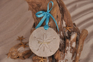 KEY LARGO SAND DOLLAR, KEY LARGO SAND ORNAMENT, TROPICAL SEASIDE ORNAMENT, COASTAL BEACH GIFT, MADE IN FLORIDA, BEACH LOVER GIFTS, BEACH SAND KEEPSAKES, VACATION SOUVENIR, GIFT SHOP OWNERS, PROMOTIONAL ITEMS, PARTY FAVOR, SPECIAL EVENT, COLLECTIBLES, HAND-CRAFTED, FUNDRAISER, DESTINATION WEDDING, BEACH WEDDING FAVORS