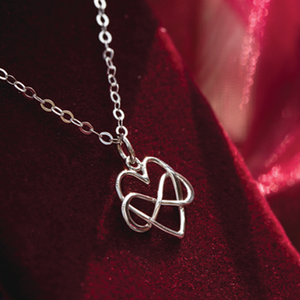 Infinite Connection Heart Necklace - Many Hearts One Beat