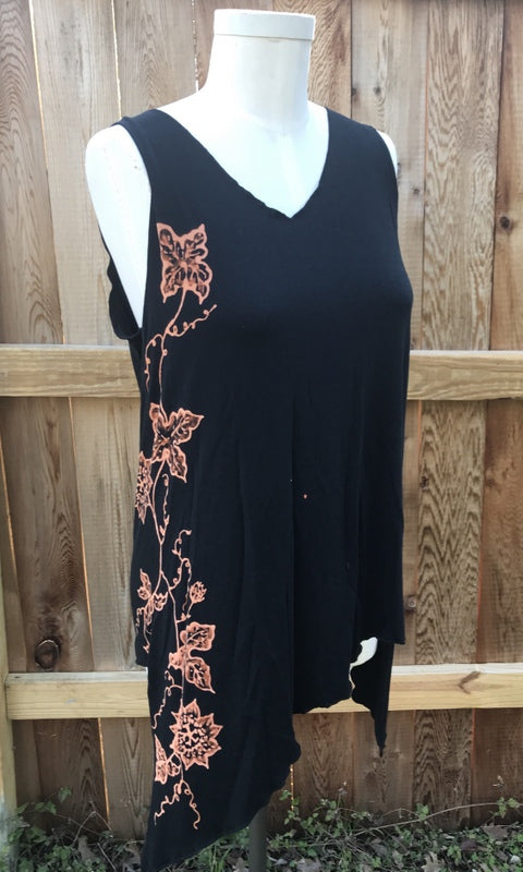 Black Passion Flower Vine Tank Top
