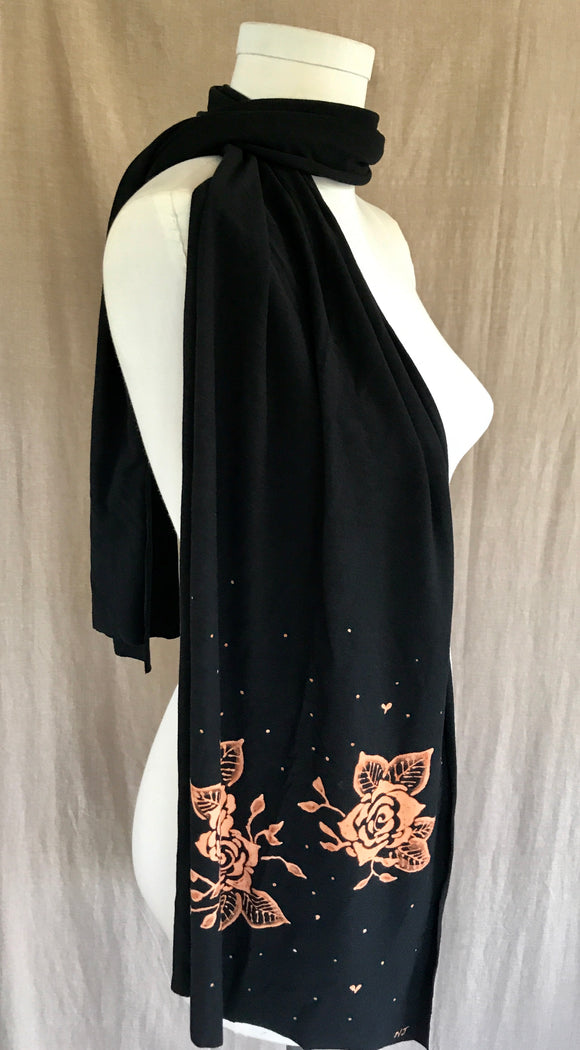 Black Rose Cluster Scarf