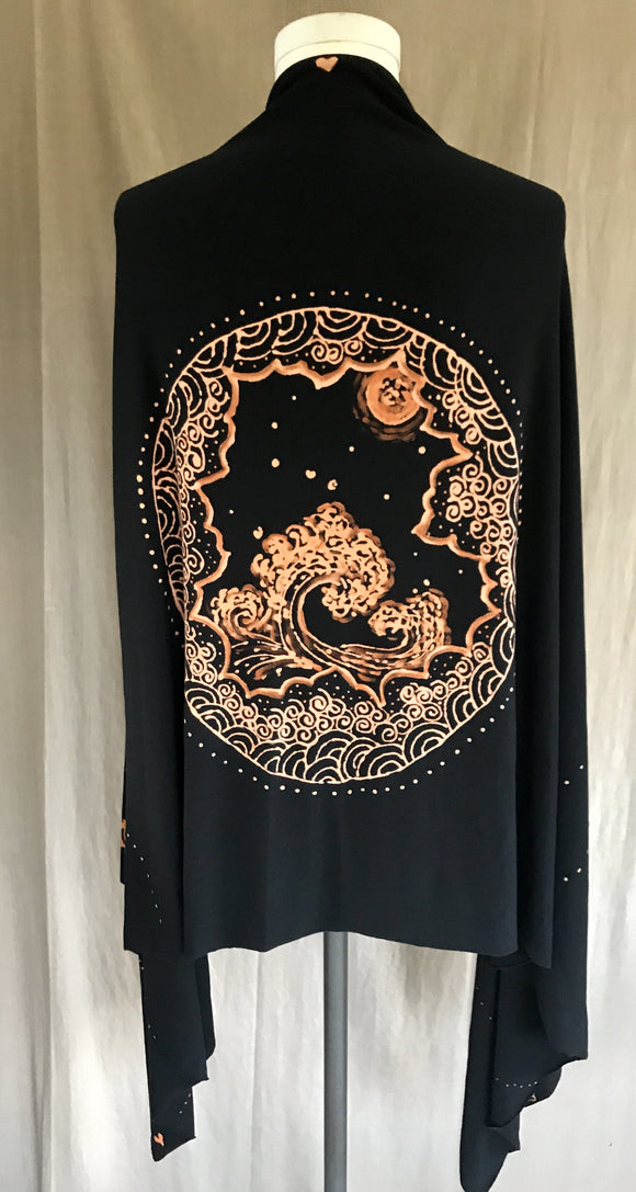 Black Japanese Wave and Moon Wrap