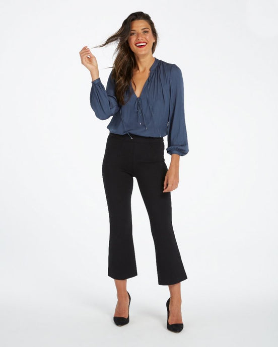 Cropped Flare Perfect Black Pant