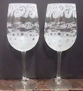 "Leandra Drumm Wine Glasses, set of 2, ""Fish"""