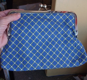 Blue Pinch Purse!