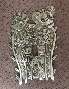 """Calavera Couple"" switchplate cover by Leandra Drumm (#159)"