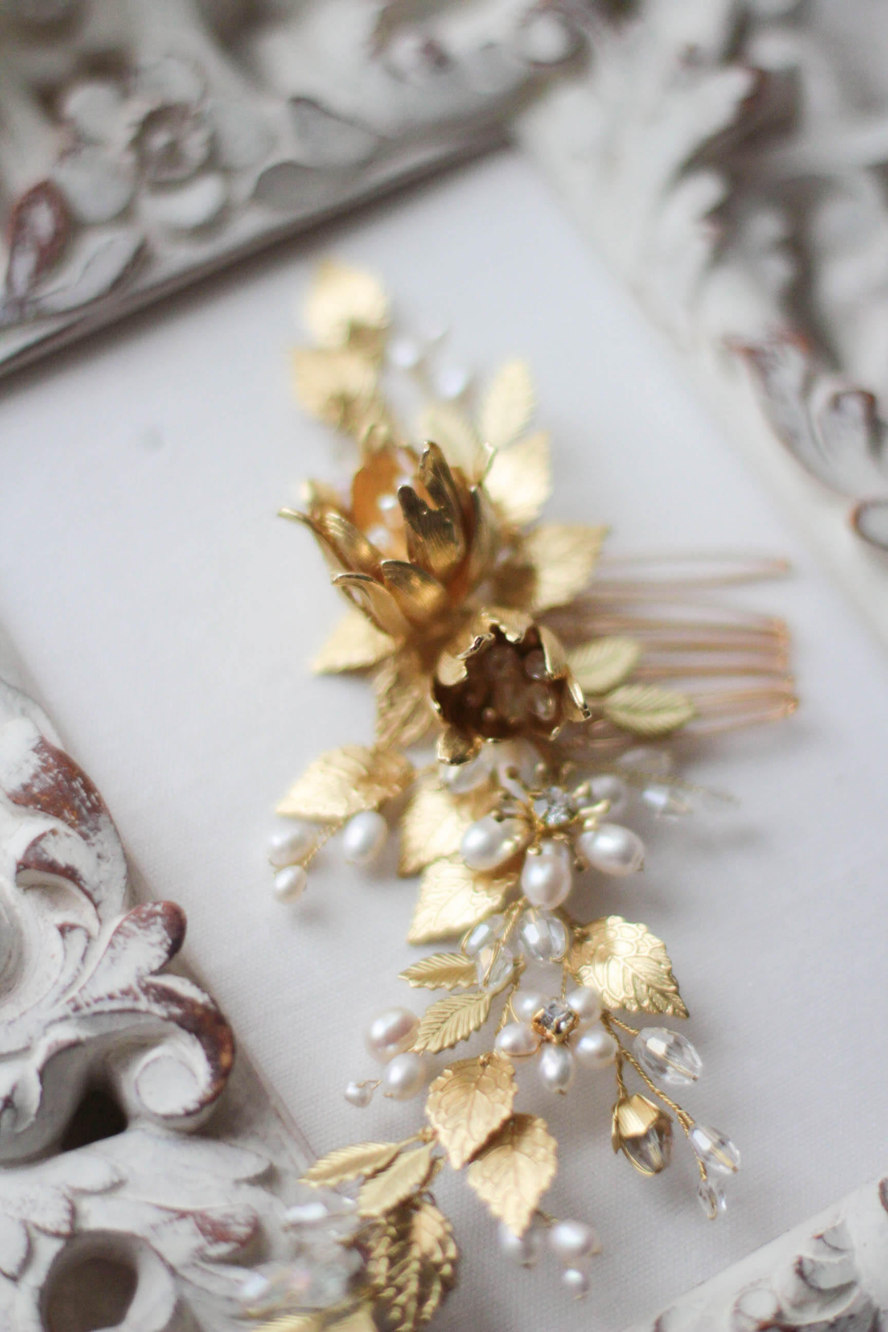 Floral Bridal Decorative Comb