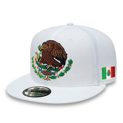 Embroidered Shield and flag SnapBack Mexico New Era WHITE hat
