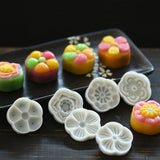 6 Stamps Flower Moon Cake Mold -  cake lover